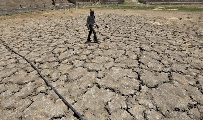 Earth on track for hottest year ever as warming speeds up