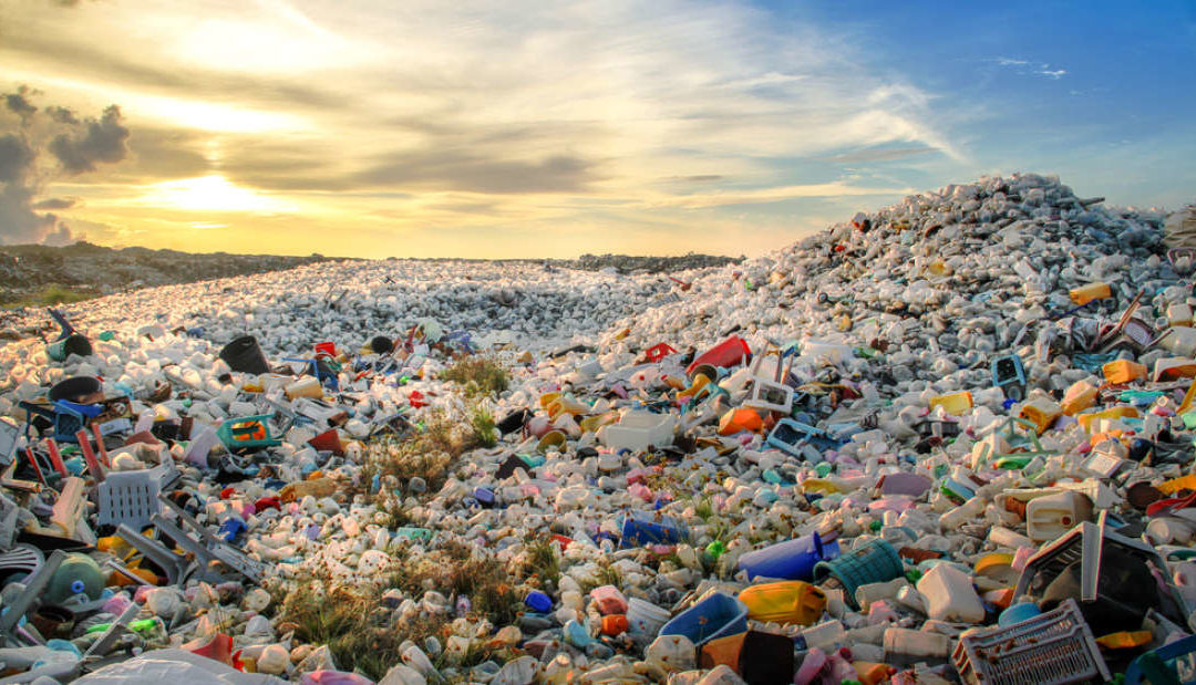 Everyday Plastics Found To Emit Greenhouse Gas Pollution As They Degrade