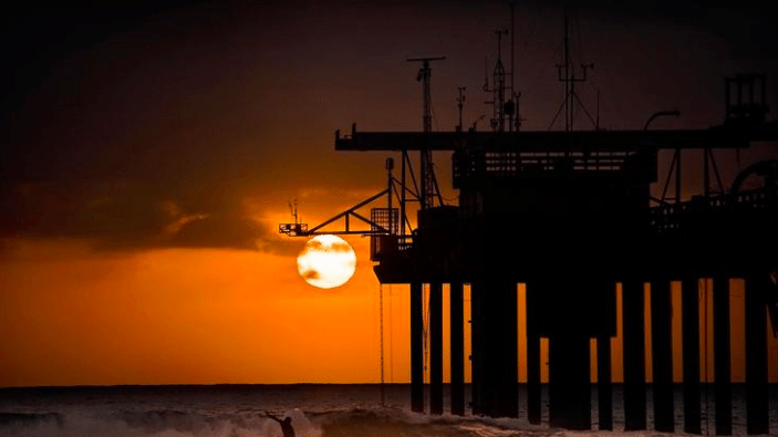 San Diego's Scripps Pier records highest ocean temperature in its 102-year history
