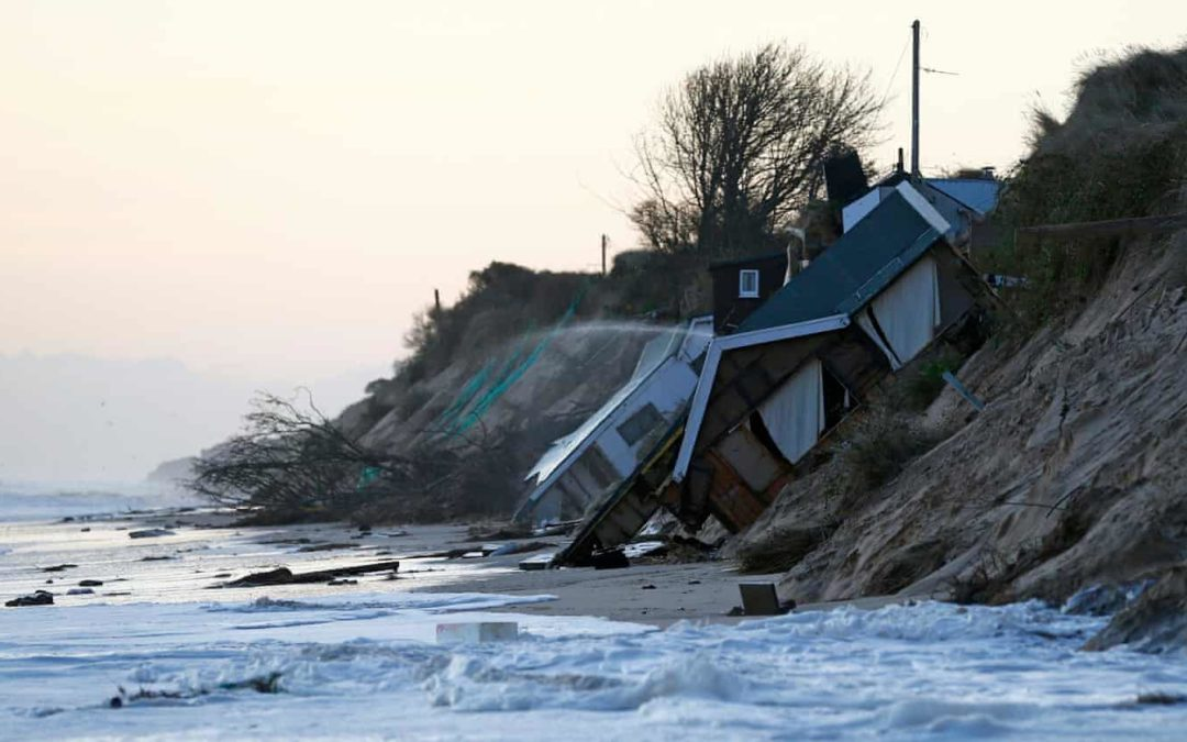 Rising sea levels will claim homes around English coast, report warns