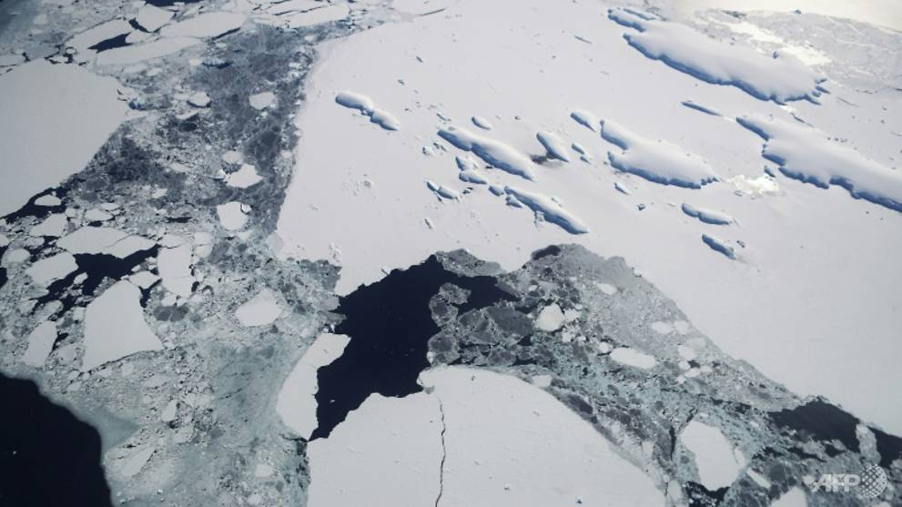 Modest warming risks 'irreversible' ice sheet loss, study warns