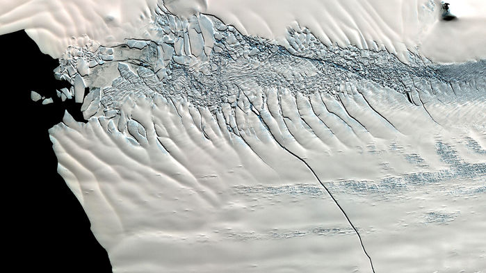 Discovery of recent Antarctic ice sheet collapse raises fears of a new global flood