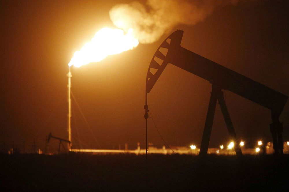 Gas flaring lights up Texas skies amid US oil boom