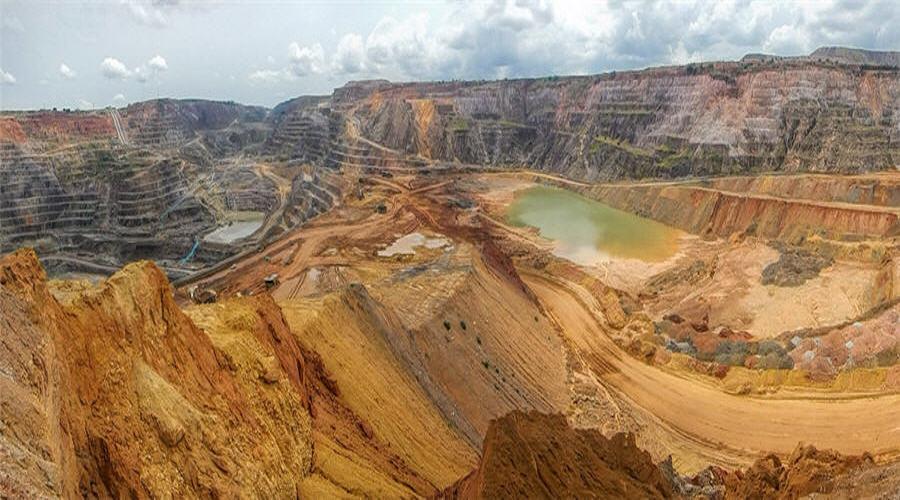 Dozens die in Congo mine accident