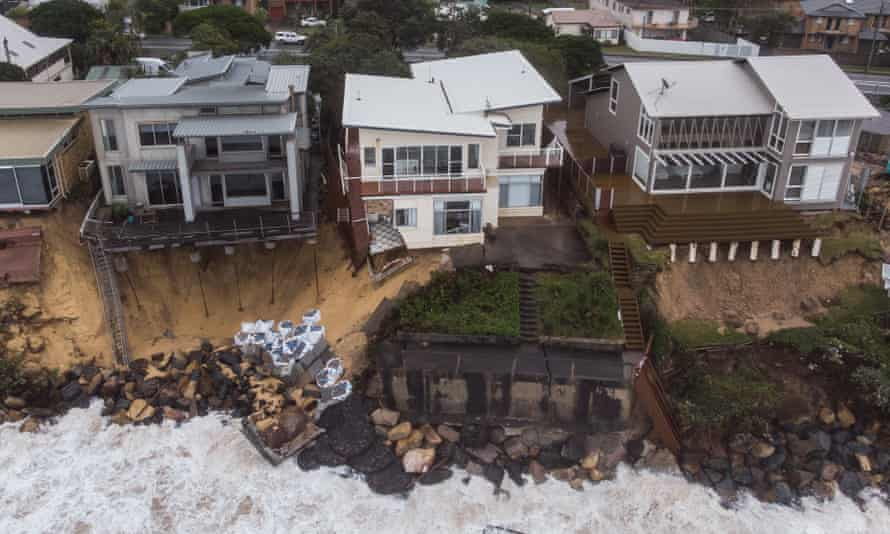 Extra 23 million people could face coastal flooding within 30 years, even with emission cuts
