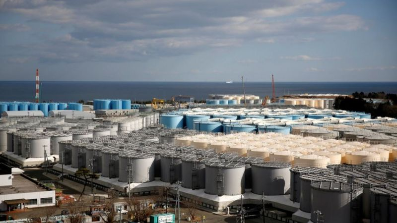 Fukushima: Japan 'to release contaminated water into sea'